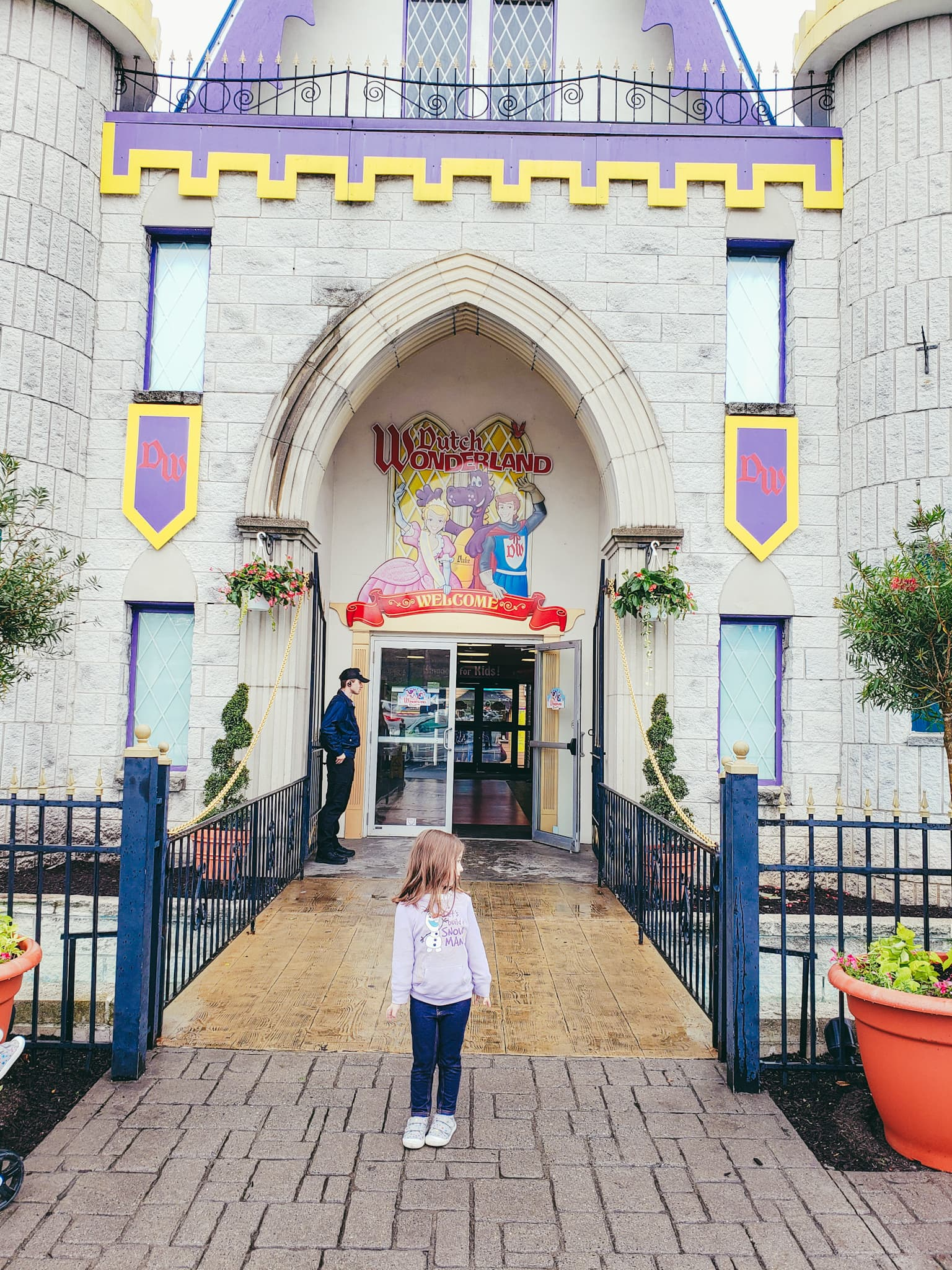 Dutch Wonderland: An Amusement Park For All