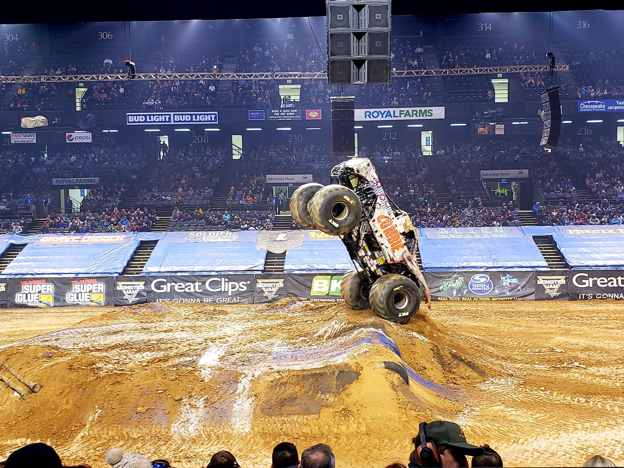 Monster Jam Review & Tips