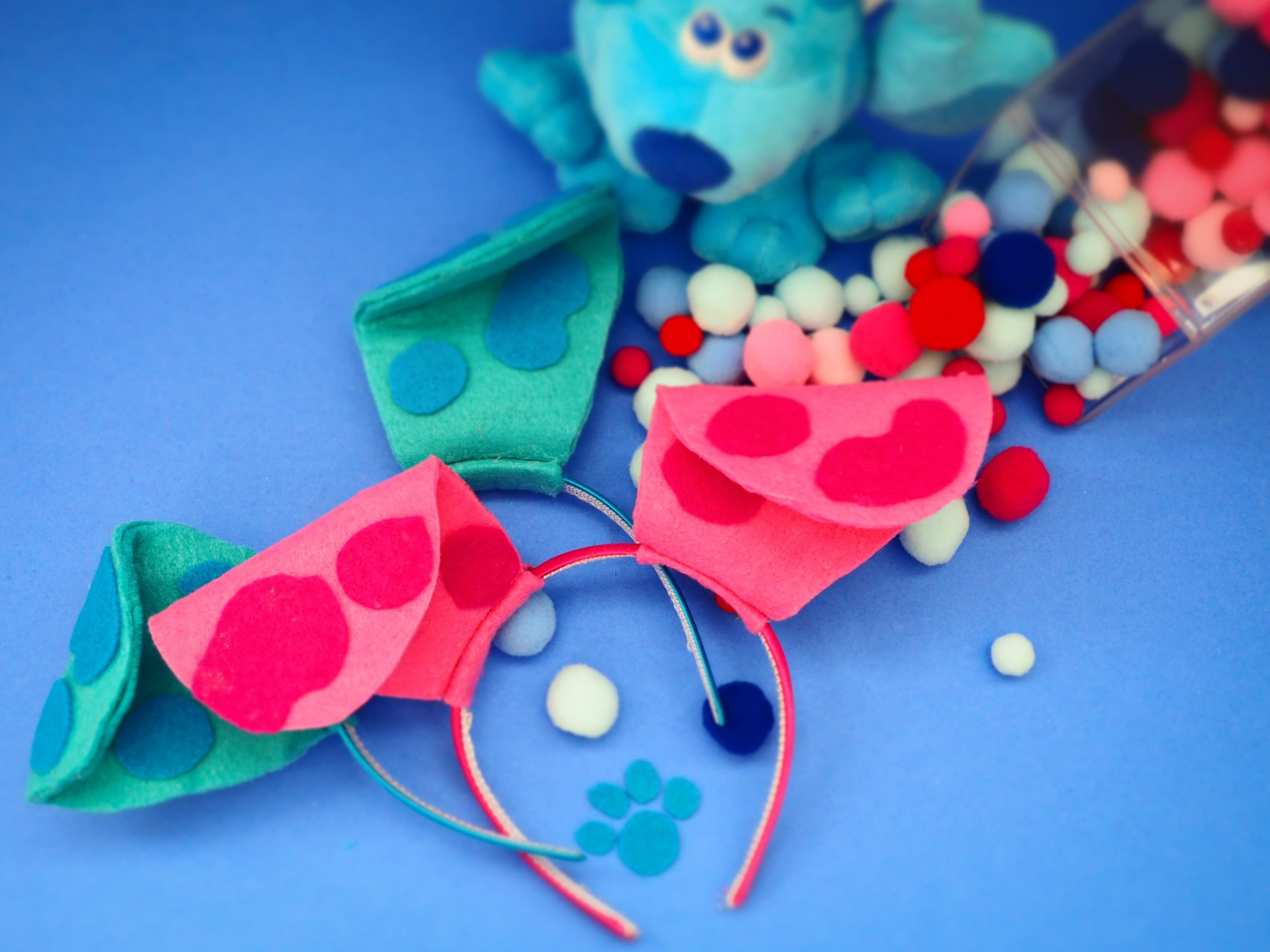 Blue's Clues & You! Blue & Magenta DIY Ears Craft
