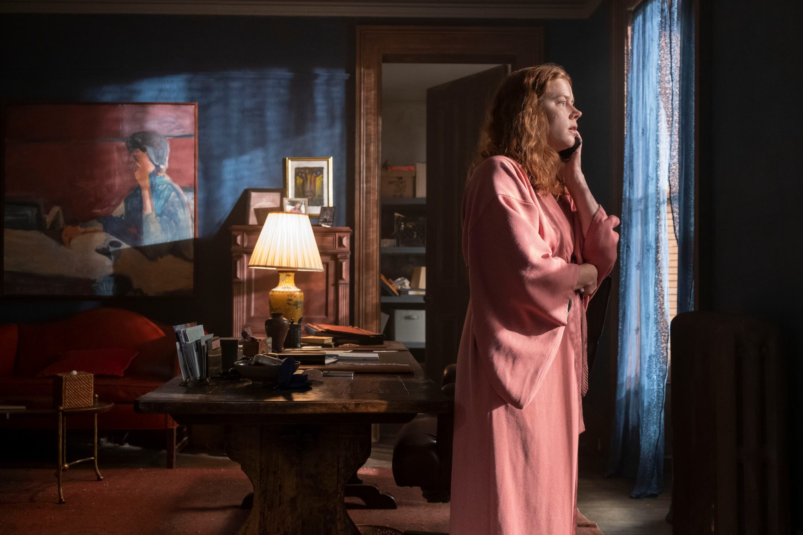 The Woman in the Window Movie Review